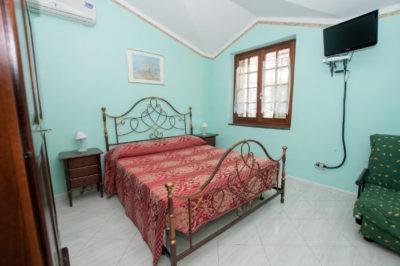 Tradiotional Rooms La Ciriola Agritourism