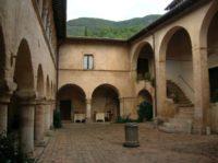 Ferentillo San Pietro in Valle chiostro