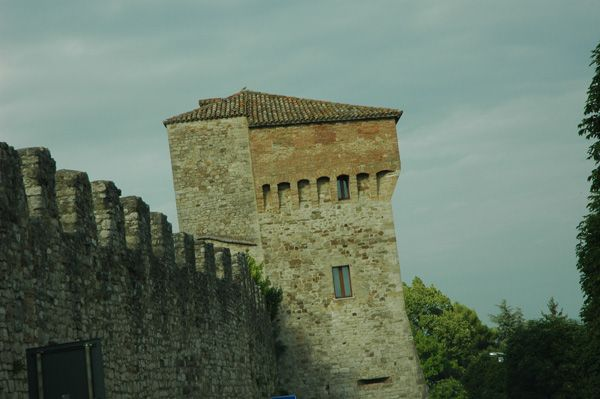 Todi mura