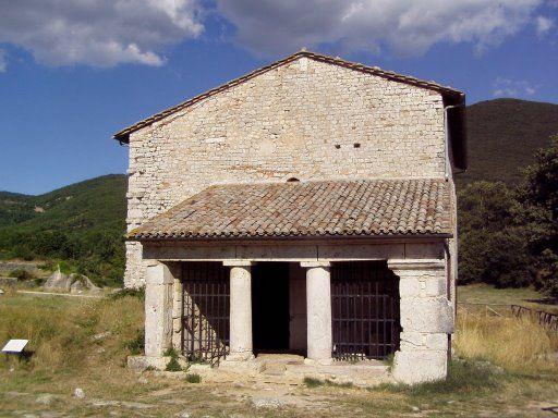 Carsulae chiesa Umbria