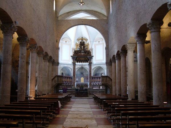 Narni Chiesa San Giovenale interno