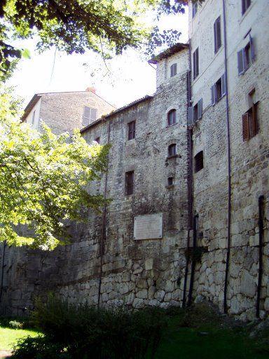 Spoleto mura La Ciriola